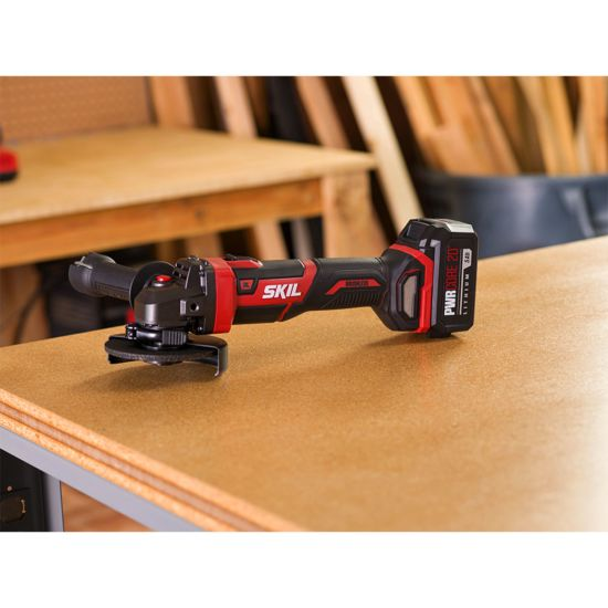 PWR CORE 20™ Brushless 20V 4-1/2 IN. Angle Grinder Kit