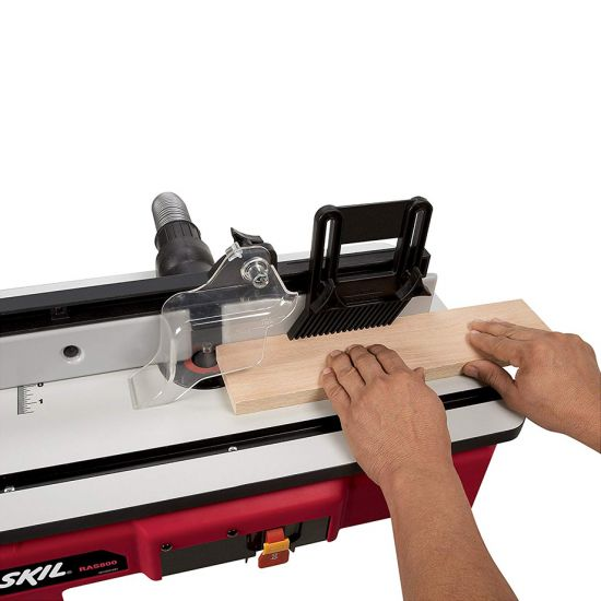 Router Table (1 feather board)