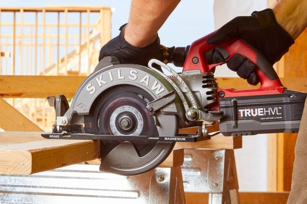 7-1/4 In. TRUEHVL™ Cordless Worm Drive Saw